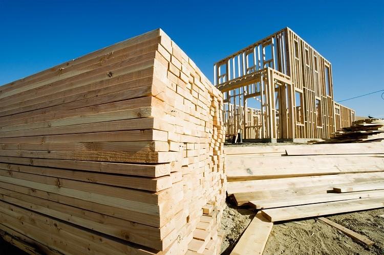 W jaki sposób zabezpieczyć drewno